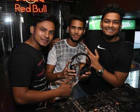 Djs Vishal,Rohit,Veer