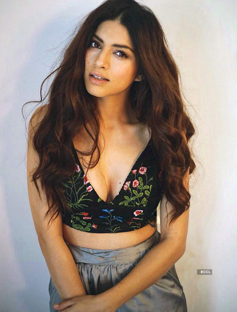 After Tanushree Dutta, Sapna Pabbi shares her uncomfortable incident