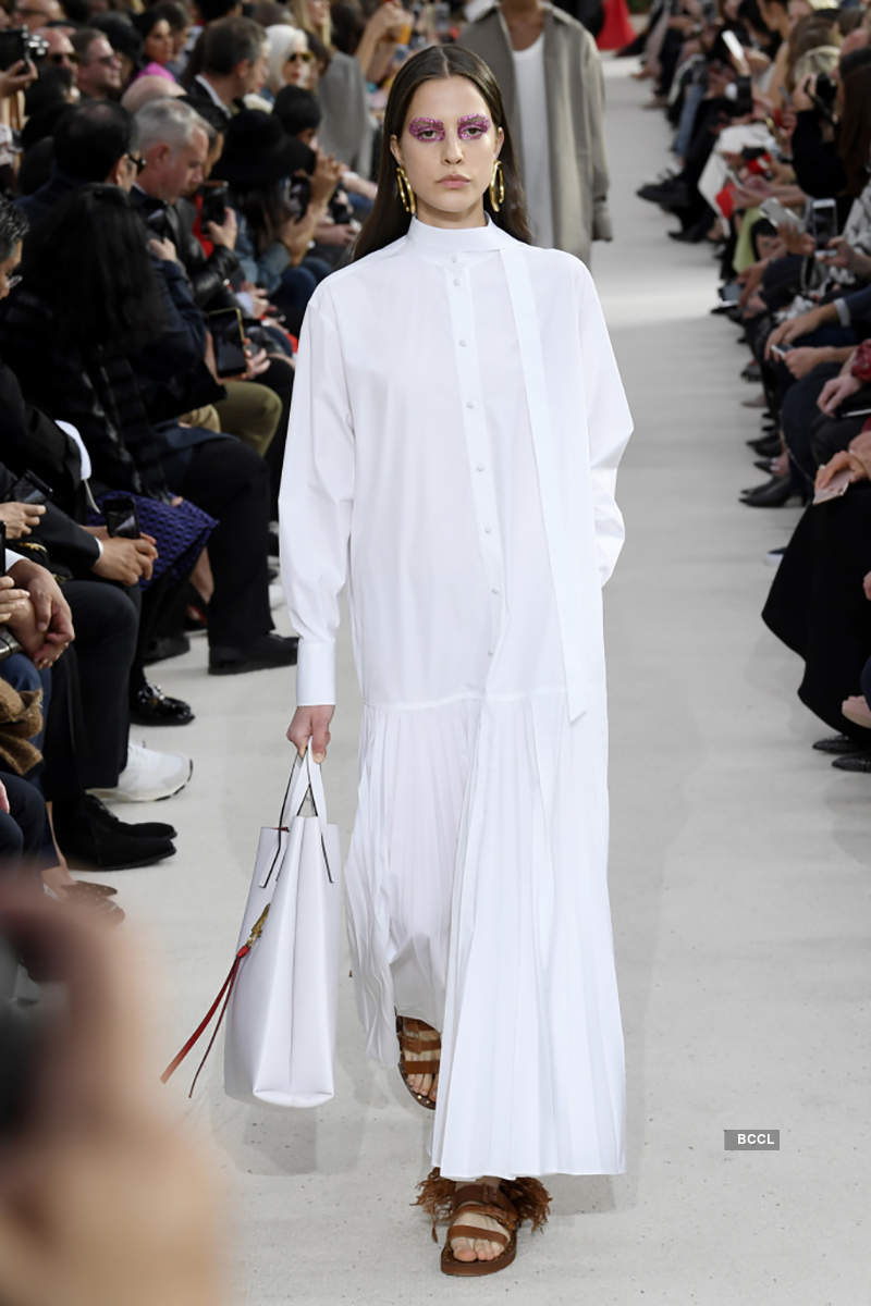 2019 Spring Ready-to-Wear Collection: Valentino