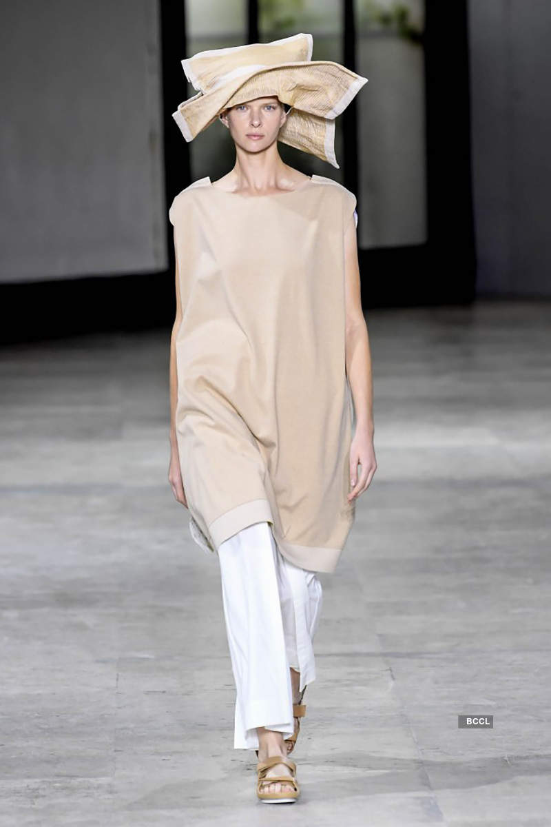 2019 Spring Ready-to-Wear Collection: Issey Miyake
