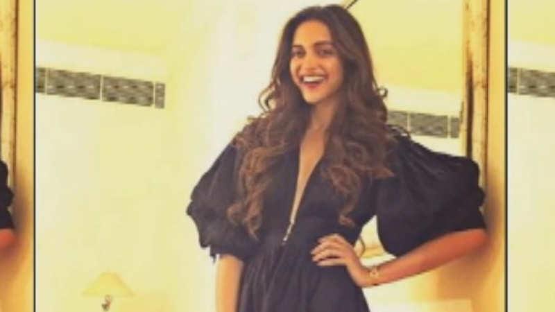 Deepika Padukone to play acid attack survivor for Meghna Gulzar's next