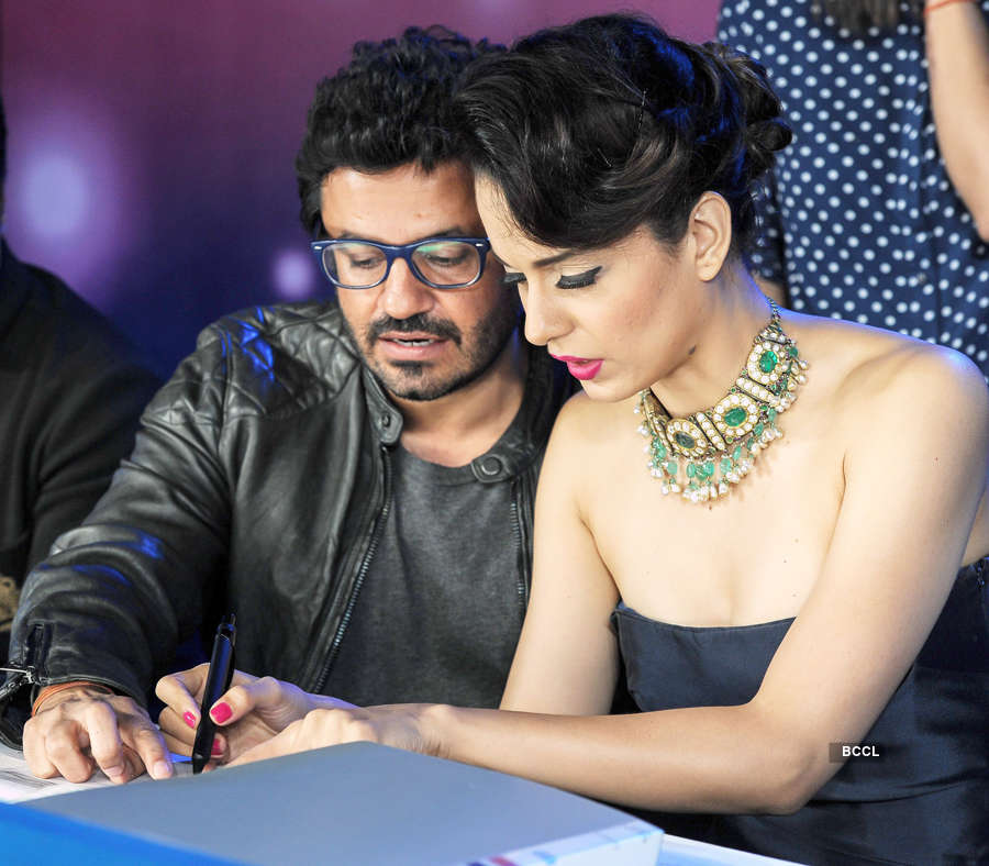 Kangana Ranaut accuses Vikas Bahl of sexual harassment, says he'd hold her tight, brag about sex