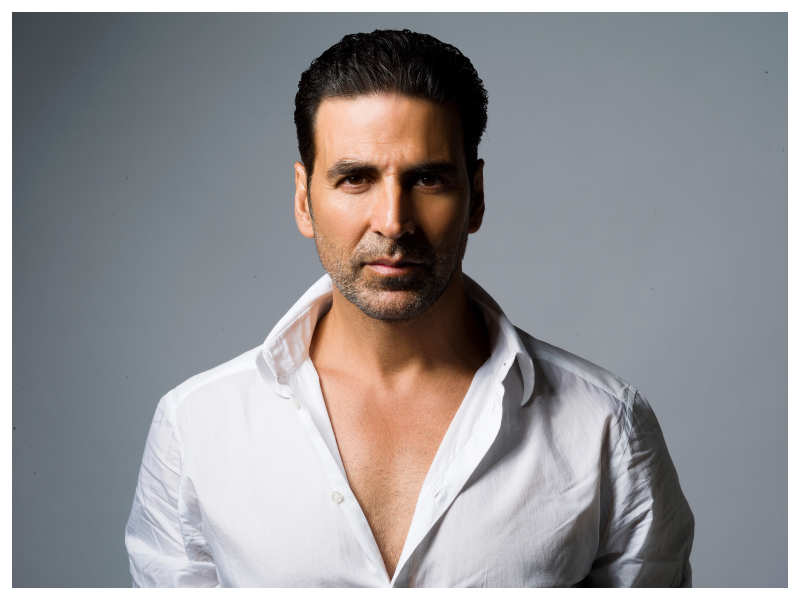 Akshay Kumar files complaint against a morphed video clip showing him allegedly speaking against Tanushree Dutta