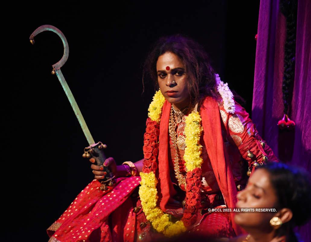 Parayan Maranna Kathakal: A play