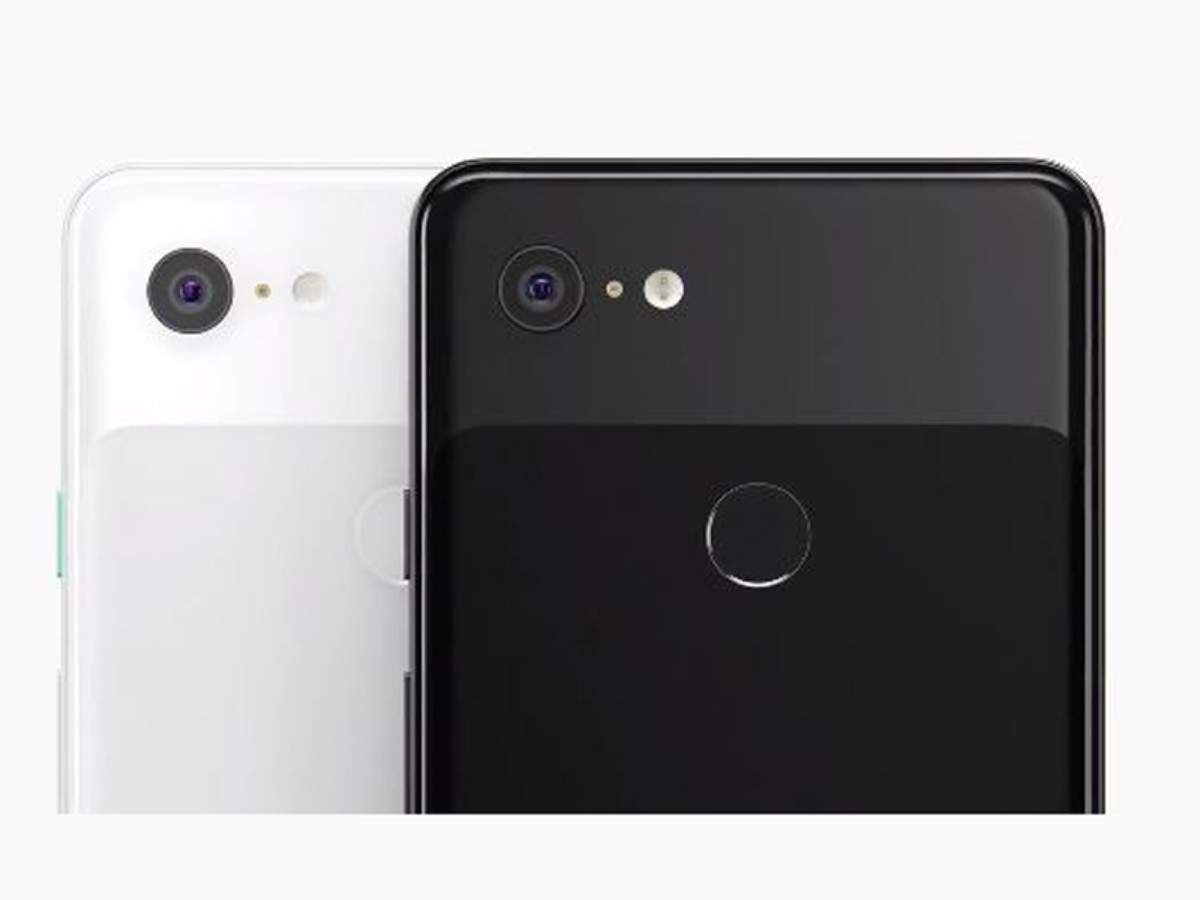 Both the smartphones have glass back with matte and glossy textures in two-tone backing.