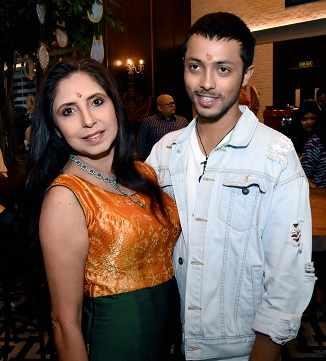 Chaiti Ghosal & Amartya