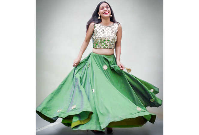 140915a946 From crop tops and cold-shoulder blouses to flared skirts and dhoti ...