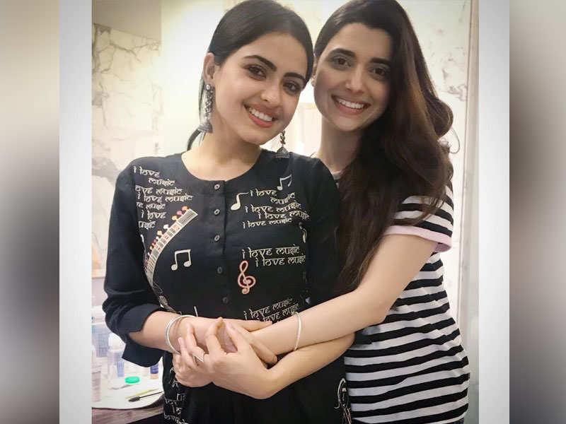 when simi chahal and nimrat khaira shared smiles