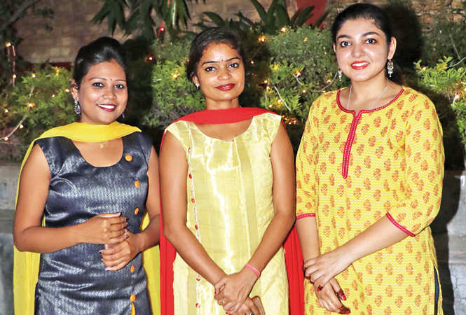 (L-R) Varsha Rai, Diksha Maurya and Majusha Pandey (BCCL/ Unmesh Pandey)
