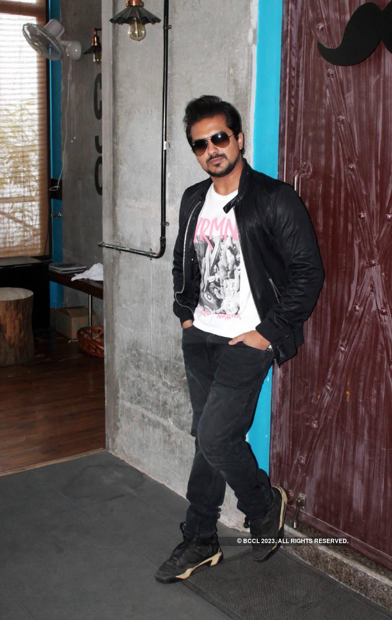 Marathi actor Pushkar Jog's exclusive photoshoot