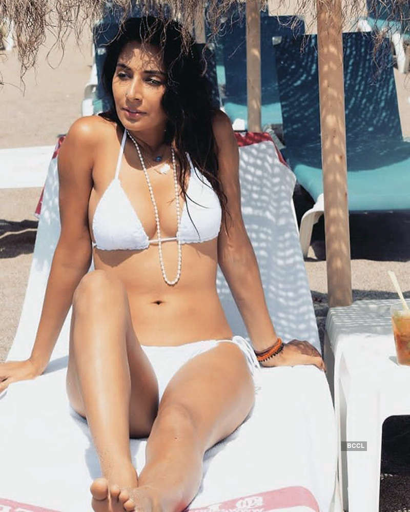 Bold Monica Dogra turns up the heat with her sultry pictures