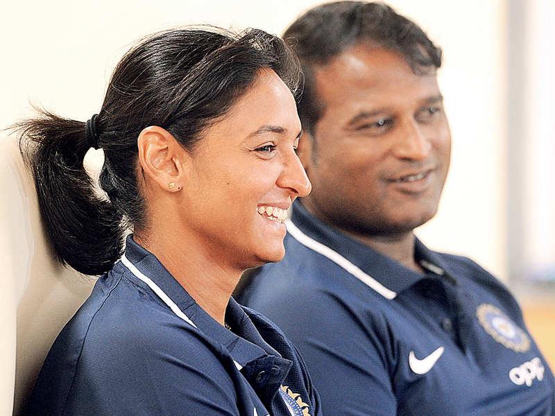 IPL: Shikhar Dhawan talks fail, Delhi Daredevil eye Sunrisers Hyderabad opener