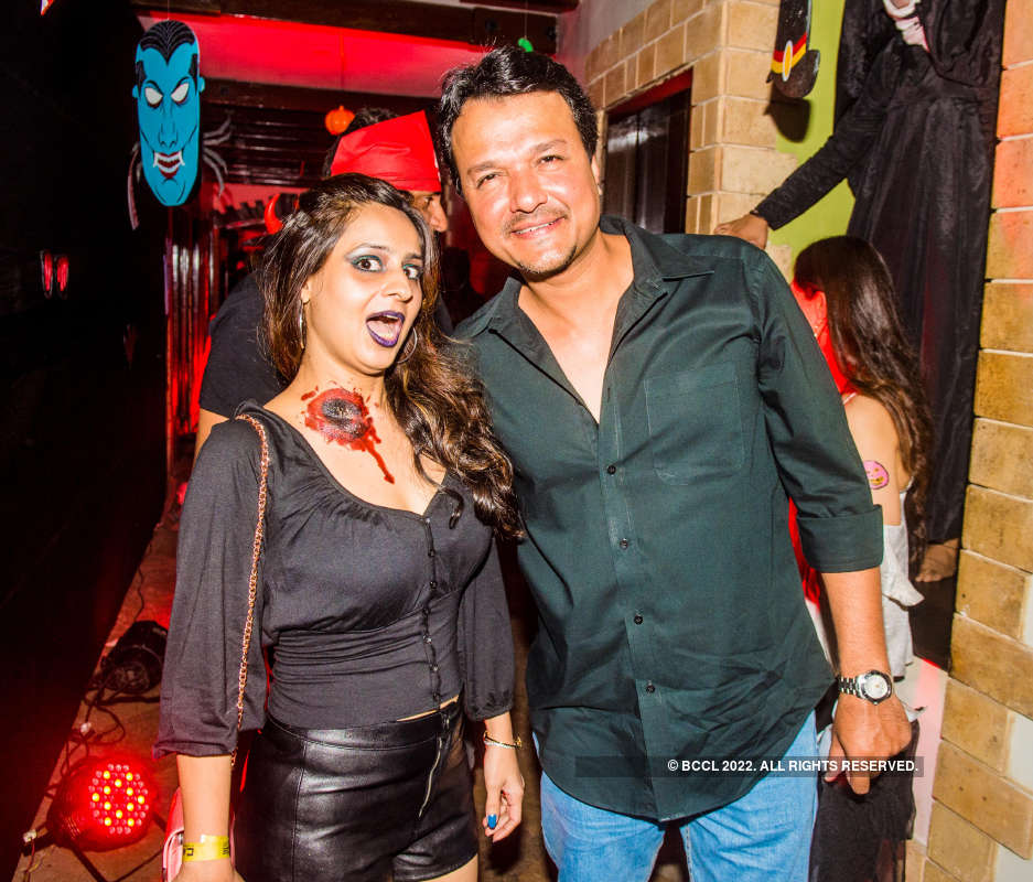 TV celebs attend Mayank Gandhi's Halloween party