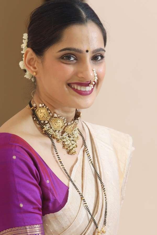 Priya_Bapat (1).