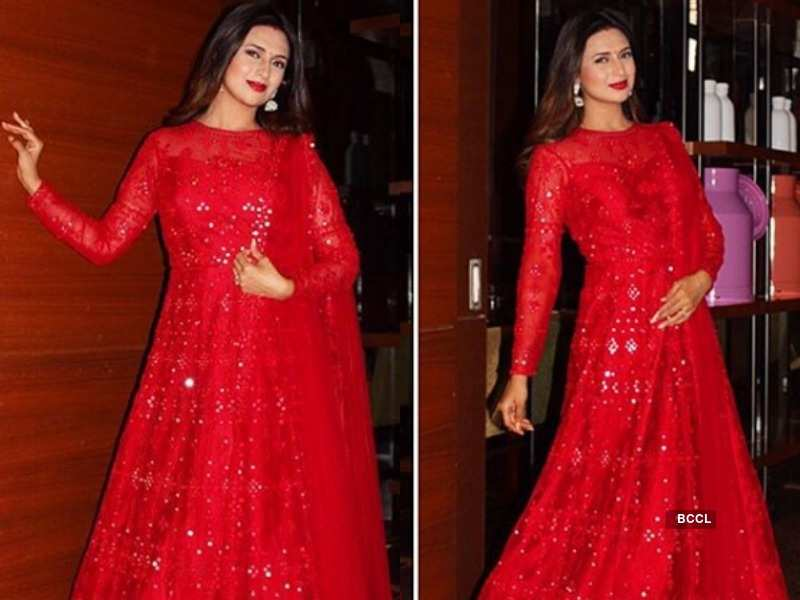 From a simple bahu on screen to a glamorous wife in real life; here's looking at Divyanka Tripathi's style evolution  | The Times of India