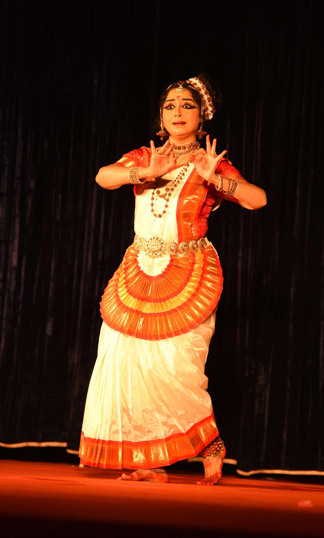 Gopika Varma (2)