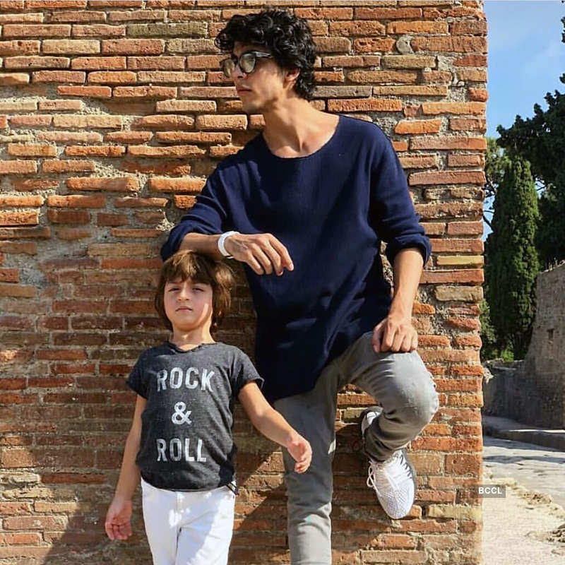 These unseen party pictures of Shah Rukh Khan's son Aryan Khan go viral...