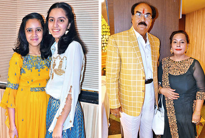 (L) Khushi and Diya (R) KK Arora and Anju Arora (BCCL/ IB Singh)