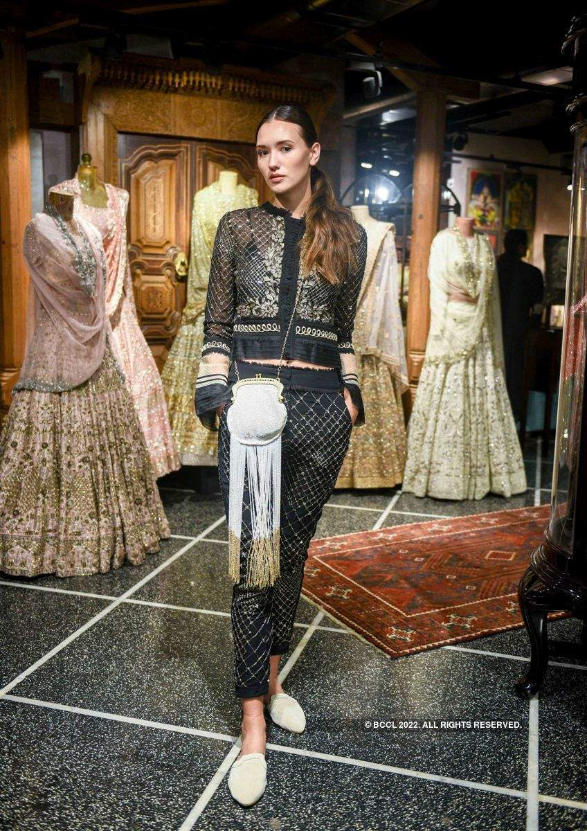 Monica and Karishma showcase their collection at Jade