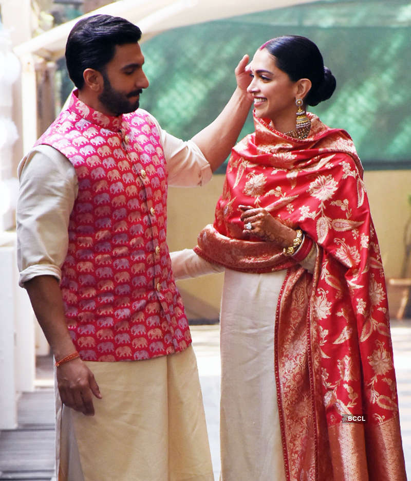 Here's a New picture from Deepika and Ranveer's Konkani Wedding