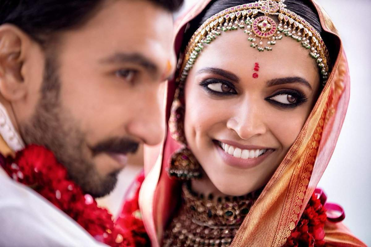 Deepika Padukone And Ranveer Singh Wedding Photos Marriage Images Pictures Wallpapers Video These Priceless Moments Will Leave You Speechless