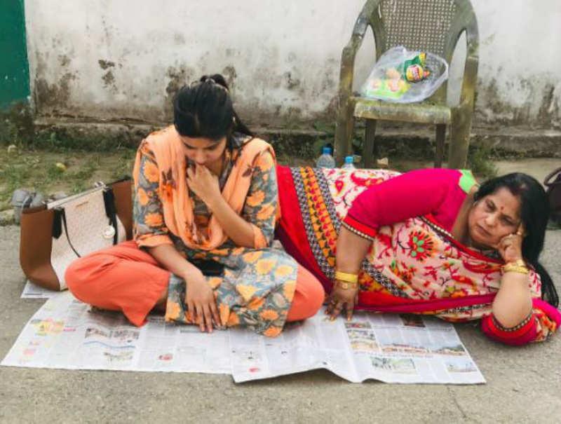 Bihar: Jamui DM faces dharna by wife over marital dispute