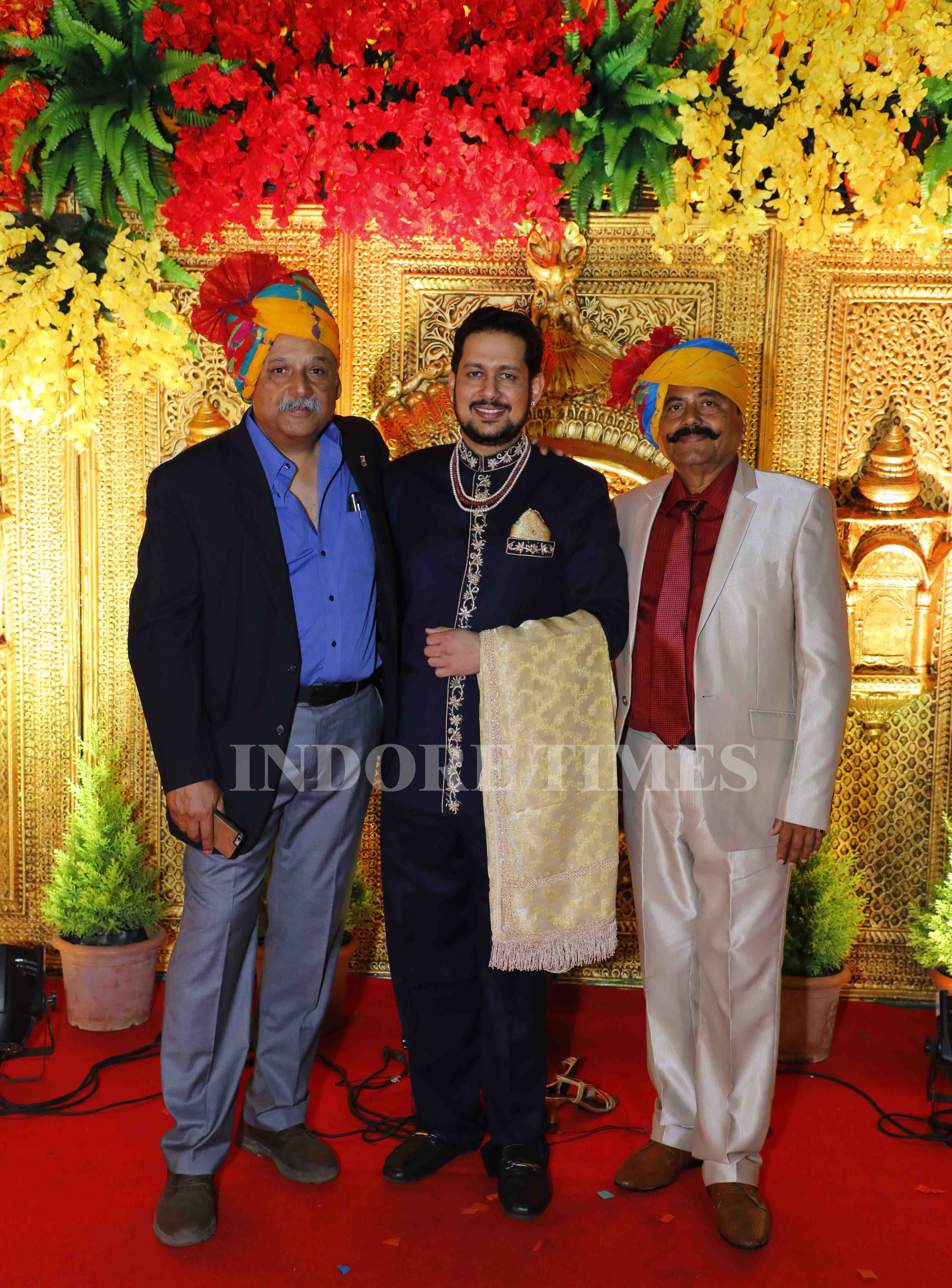 Rohit Raje Pawar, Maharaja of Surgana in the middle with visitors_edit