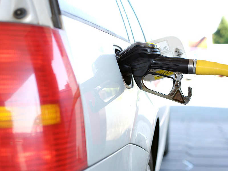9 apps and services to help you save on your petrol/diesel bill
