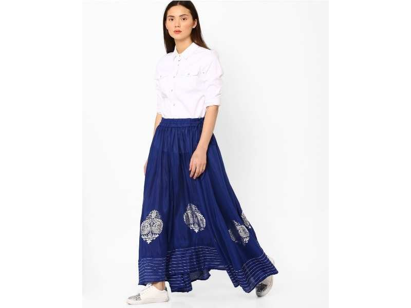 e68c46fa8 If you're looking for something simple yet chic, opt for this royal blue  skirt. It features an eye-catchy block print and is accentuated with  stripes along ...