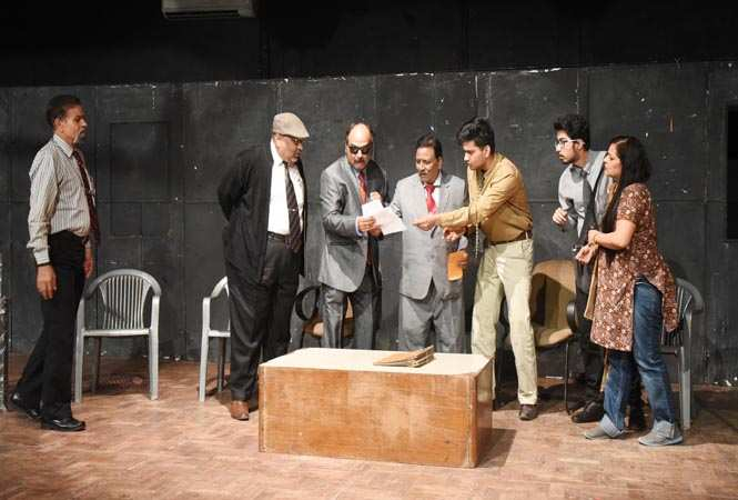 play_urgent meeting at ravindra manch (1)