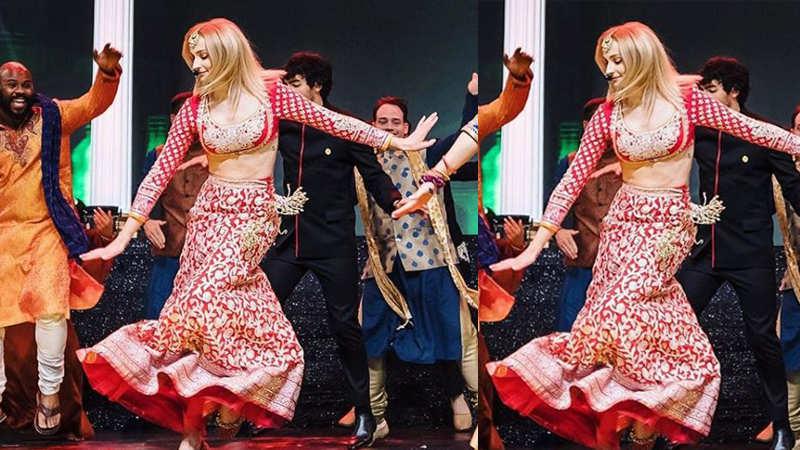 Priyanka Chopra-Nick Jonas' sangeet: Sophie Turner stuns in Abu Jani-Sandeep Khosla ensemble