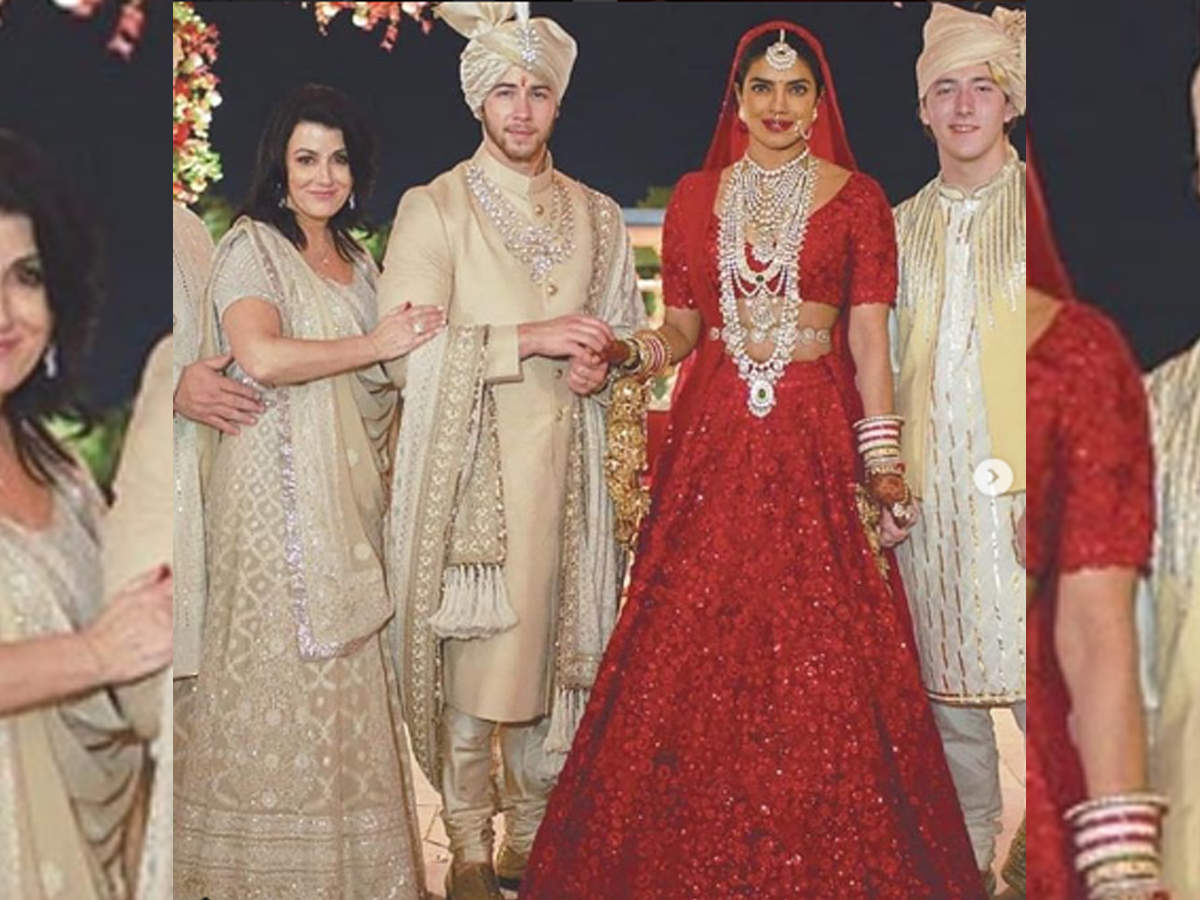 Priyanka Chopra Hindu wedding red lehenga pictures