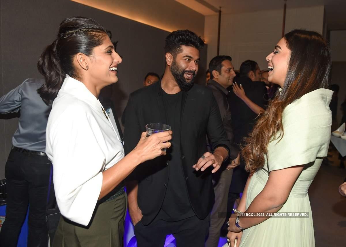 Farhan, Shibani attend Shantanu & Nikhil's store launch