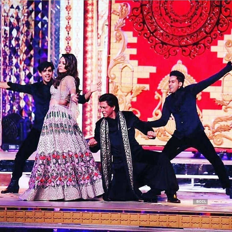 Unseen pictures from Isha Ambani's star-studded sangeet ceremony