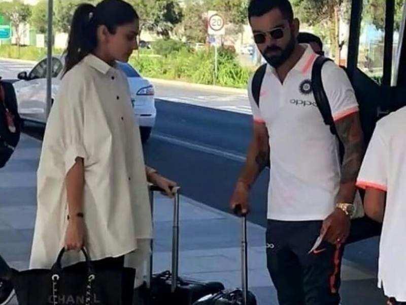 Anushka Sharma And Virat Kohli Snapped At The Adelaide
