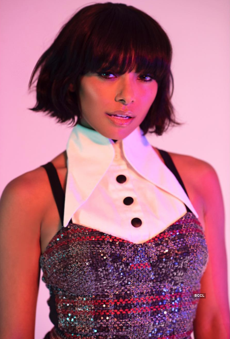 Beautiful pictures of Hollywood singer & actress Kat Graham