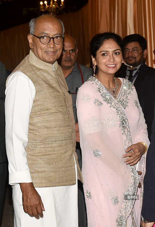 Party pictures of Isha Ambani & Priyanka Chopra with BFFs go viral…