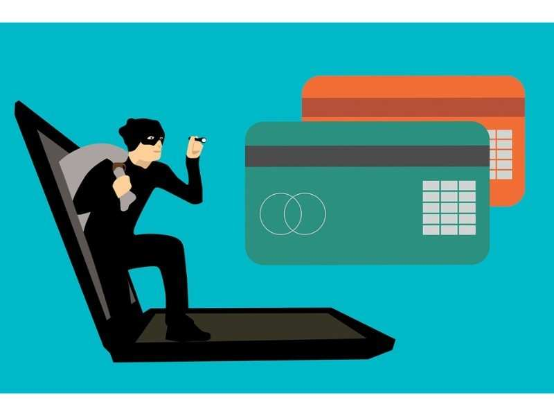 Before realising anything fishy, the woman's bank account got robbed of Rs 1 lakh