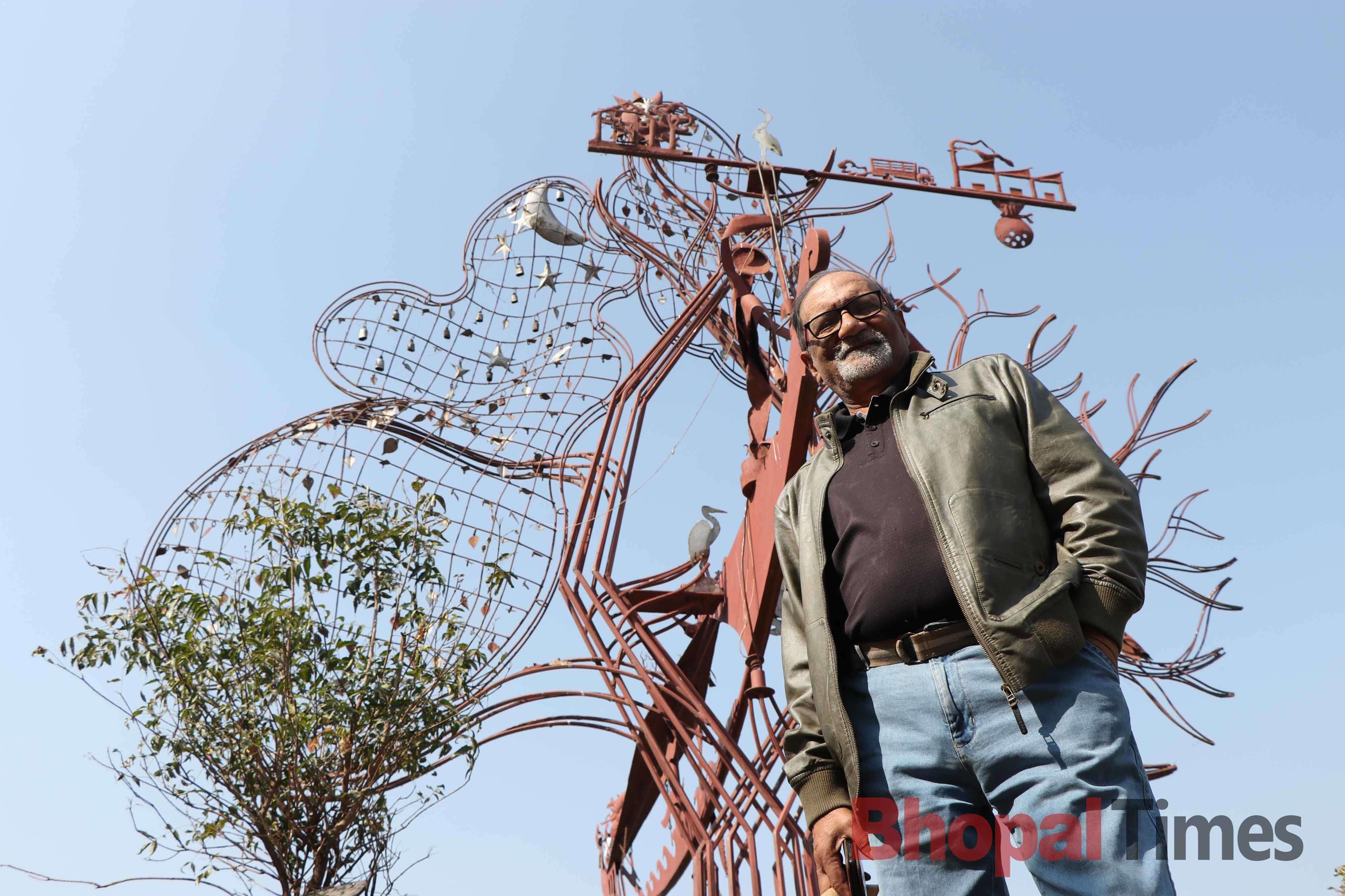 Jayant Gaur in front of  eco balance tree (2)