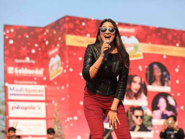 Singer-Pratibha-Singh-Baghel