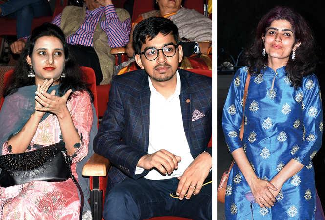 Deepali and Prashant (R) Garima Sarang (BCCL/ Vishnu Jaiswal)