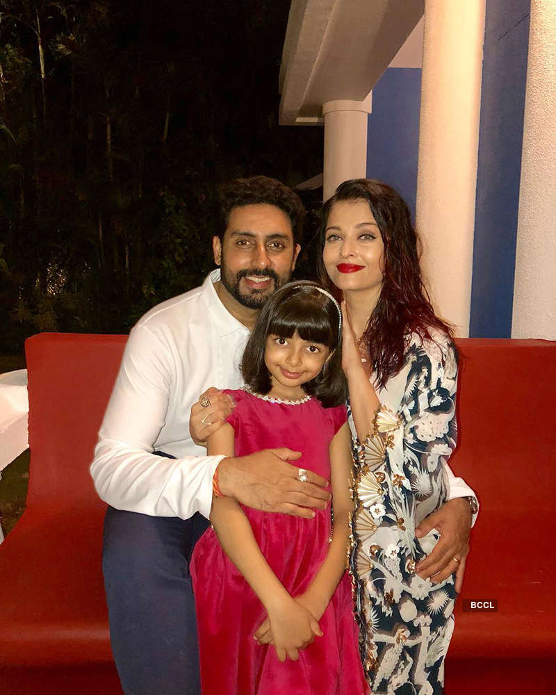 These latest pictures of Aishwarya Rai Bachchan with Abhishek spark pregnancy rumours