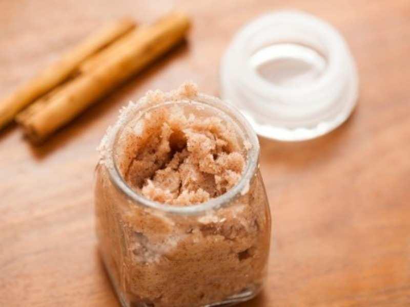 For strengthening hair follicles – Cinnamon Scrub