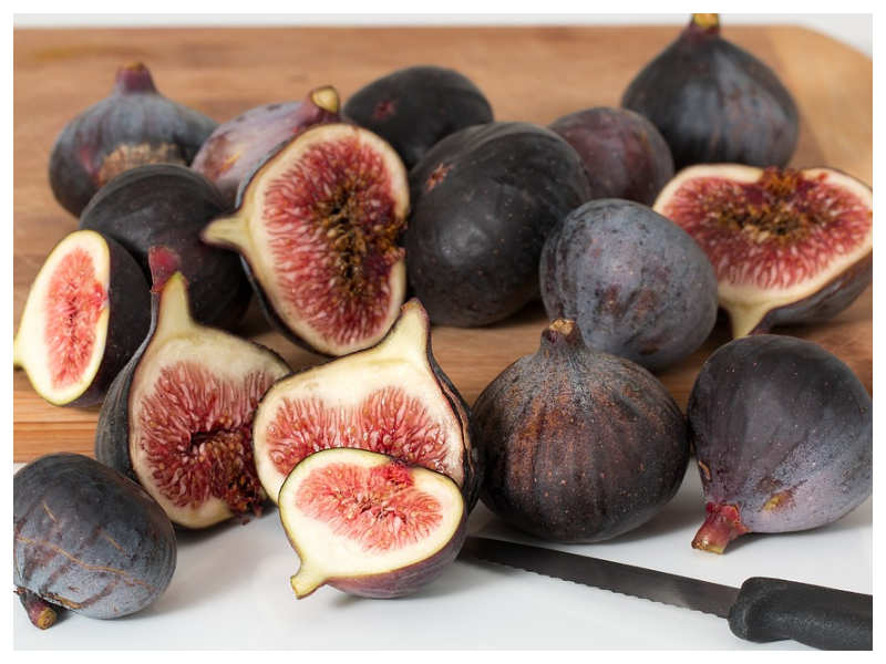 These 7 major side effects of consuming figs will SCARE you!