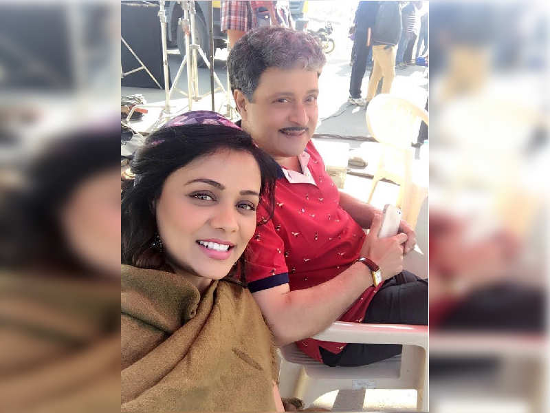 'Love You Zindagi' BTS: Prarthana Behere shares a selfie with Sachin Pilgaonkar from sets of the film