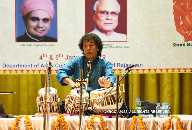 Zakir Hussain show_birla auditorium (7)