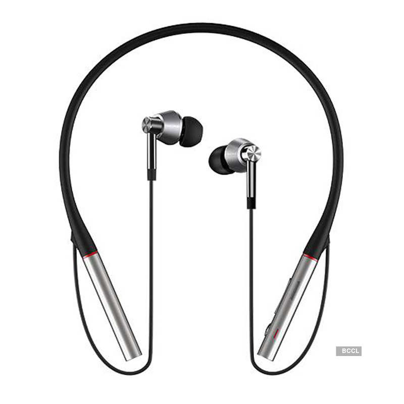 1More triple driver Bluetooth earphone launched
