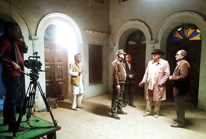(L-R) Uday Veer Yadav, Shubrato Mandal, Shashvat Chatterjee and  Ajay Singh shooting for Bengali film Sanyasi Deshonayak, based on Netaji Subhash Chandra Bose which was recently shot in Naimisharanya, near Lucknow (BCCL)