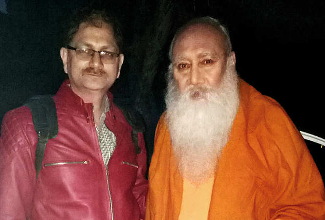 Ajay Singh with Victor Banerjee (BCCL)