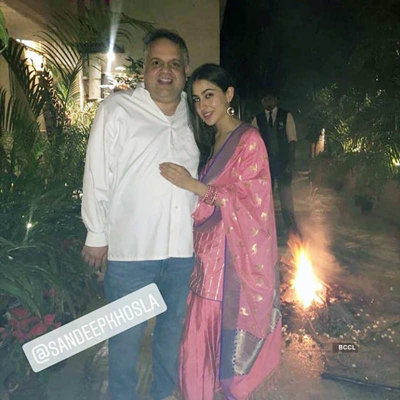 Viral pictures of blushing Sara Ali Khan as she receives BF Kartik Aaryan at airport…